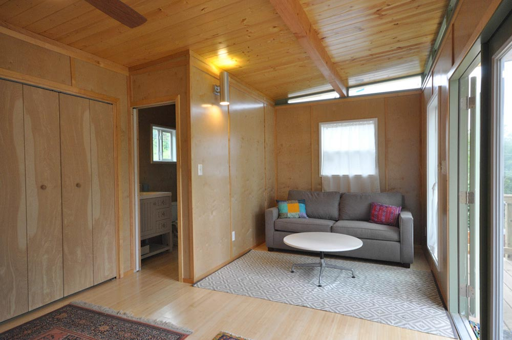 Living Space - Modern Studio + Shed by Kanga Room Systems