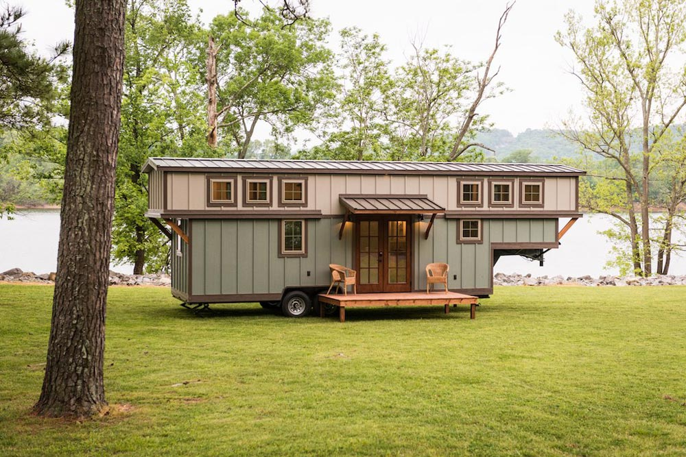 Gooseneck Tiny House - Retreat by Timbercraft Tiny Homes