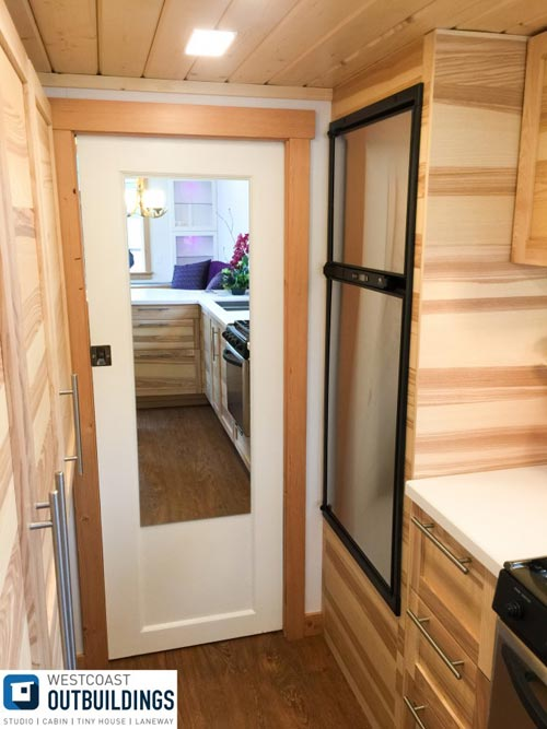 Refrigerator - Skookum by Westcoast Outbuildings