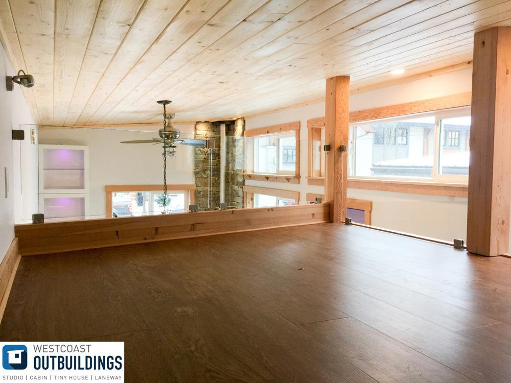 King Bedroom Loft - Skookum by Westcoast Outbuildings