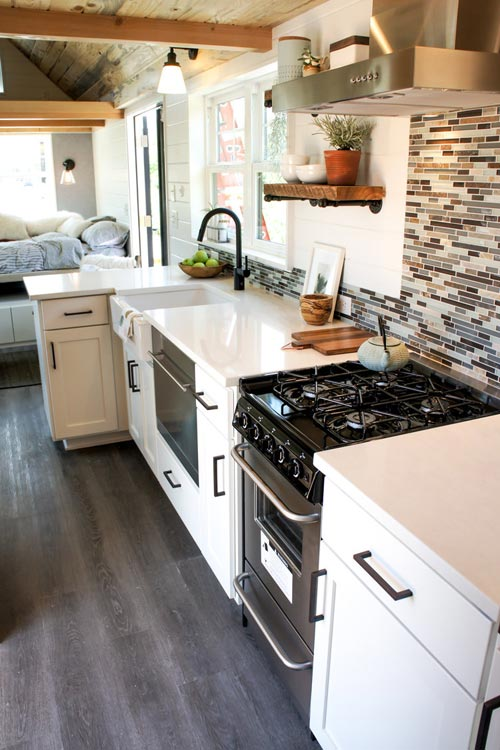 Full Size Appliances - Kootenay Country by TruForm Tiny
