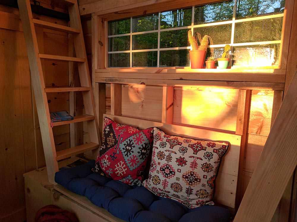 Bench Seat - Auburn by Cabinscape