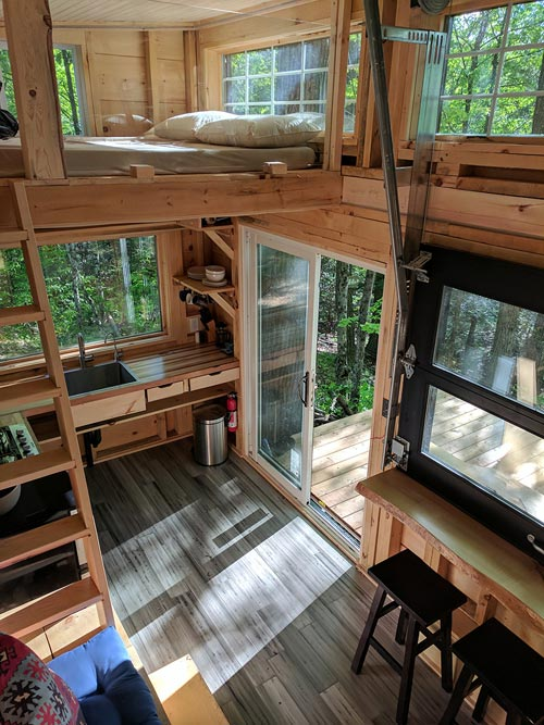 Large Windows - Auburn by Cabinscape