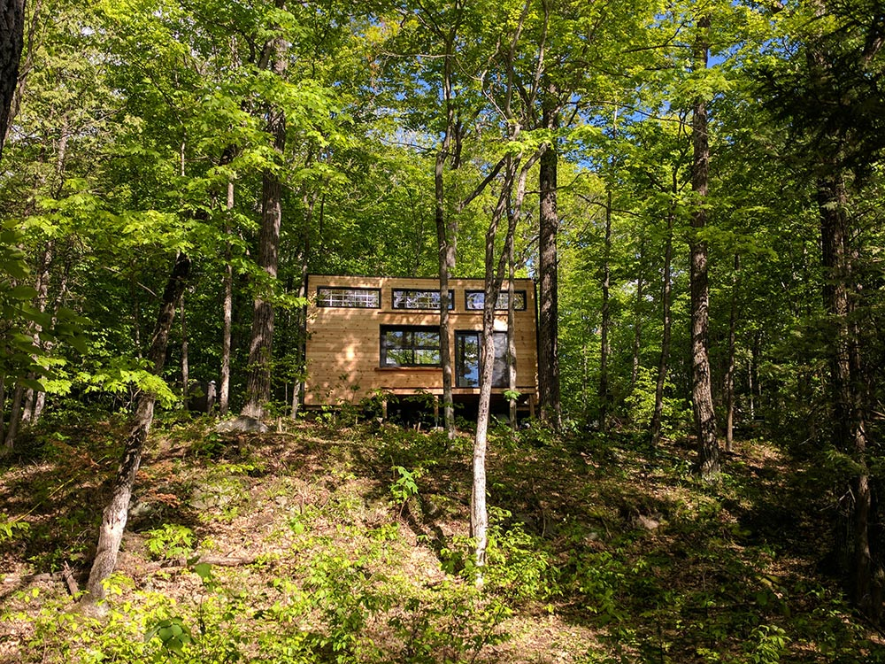 Airbnb Tiny House Rental - Auburn by Cabinscape