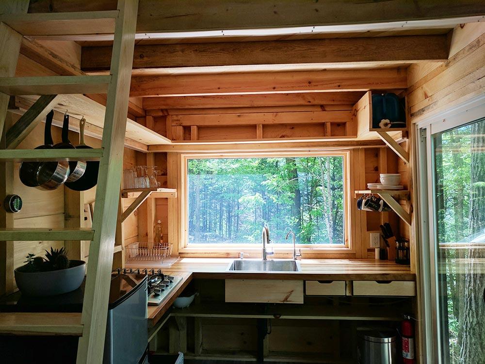 Kitchen - Auburn by Cabinscape