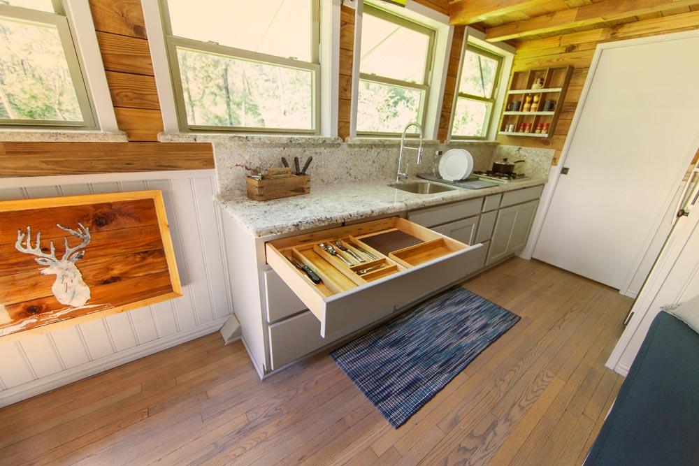 Kitchen Cabinets - Barton Ranch by Sasquatch Custom Homes