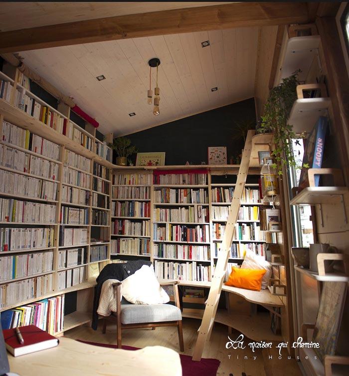 Bookshelves - Bookshop by La Maison Qui Chemine