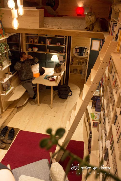 View From Loft - Bookshop by La Maison Qui Chemine