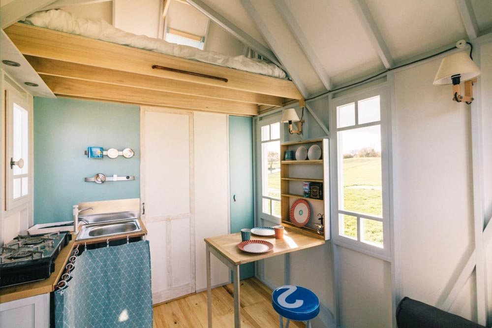 Kitchen & Dining - Cahute Tiny House