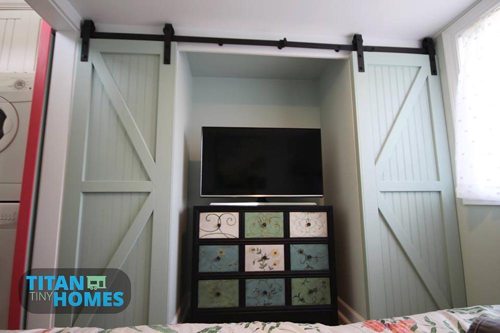 Closets & Dresser - DeeDee by Titan Tiny Homes