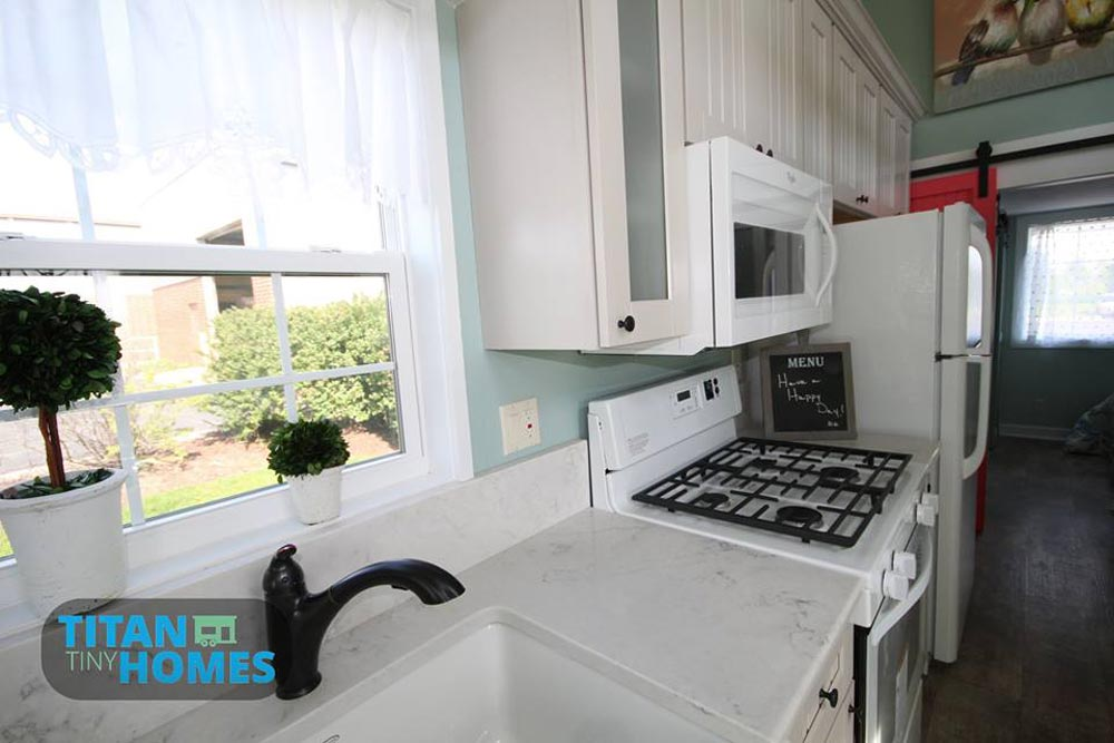 Marble Counters - DeeDee by Titan Tiny Homes