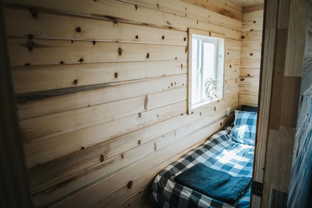 Twin Bedroom - Four Eagle by The Tiny Home Co.