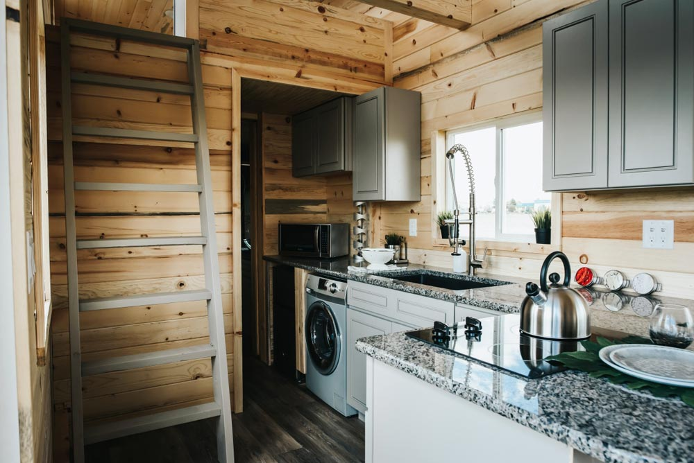 Gourmet Kitchen - Four Eagle by The Tiny Home Co.