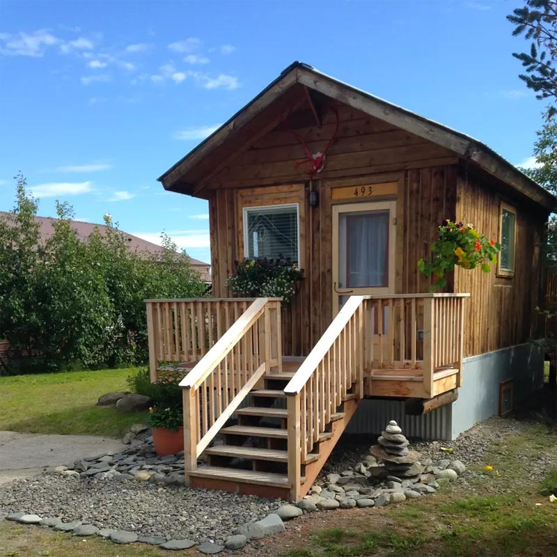 Front Deck - Homer's Downtown Tiny House