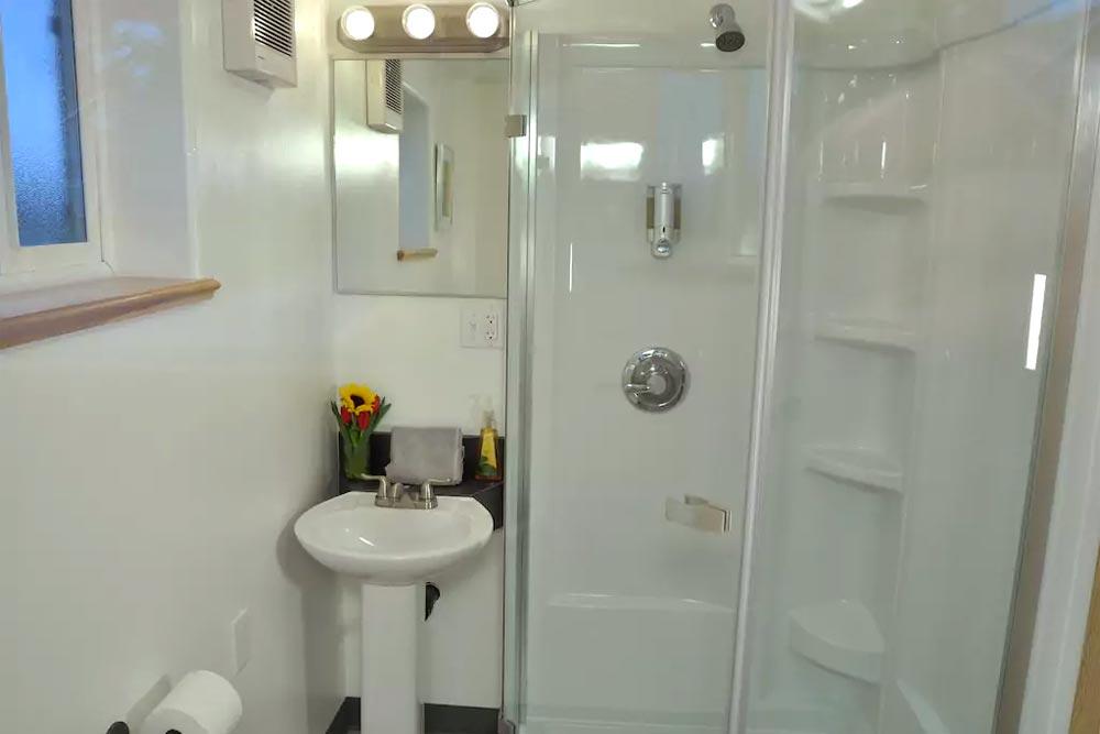 Full Shower - Homer's Downtown Tiny House