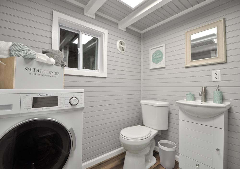 Bathroom - Kate by Tiny House Building Company