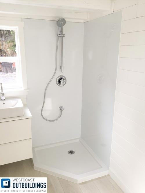 Shower - Lillooet 24′ by Westcoast Outbuildings