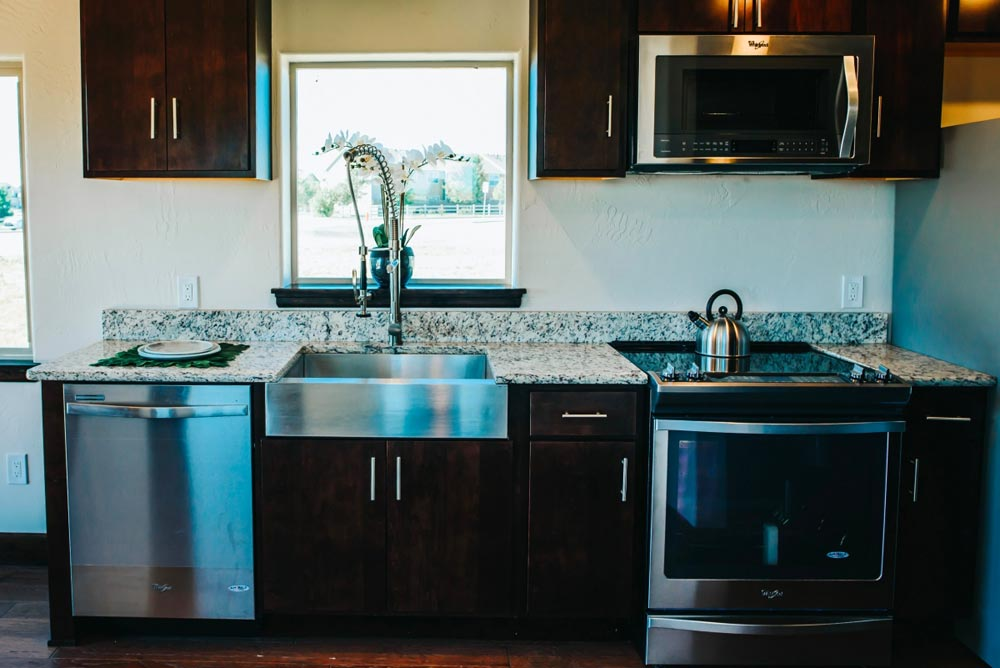 Full Size Appliances - Mount Antero by The Tiny Home Co.