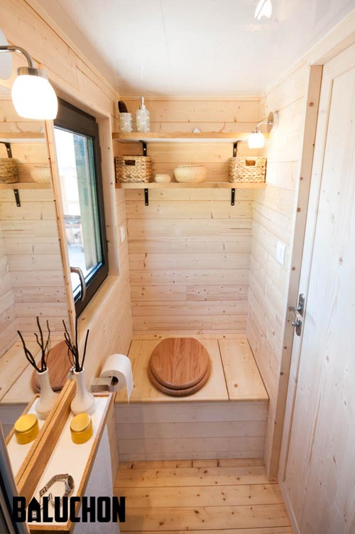 Composting Toilet - Ostara by Baluchon