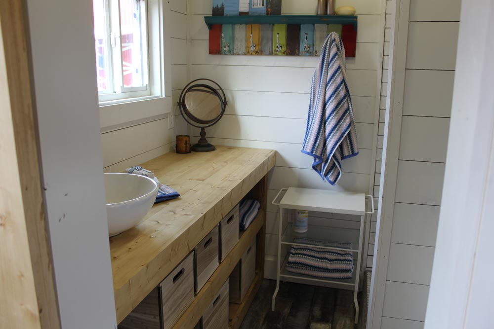 Bathroom - Rustic Retreat XL by Backcountry Containers