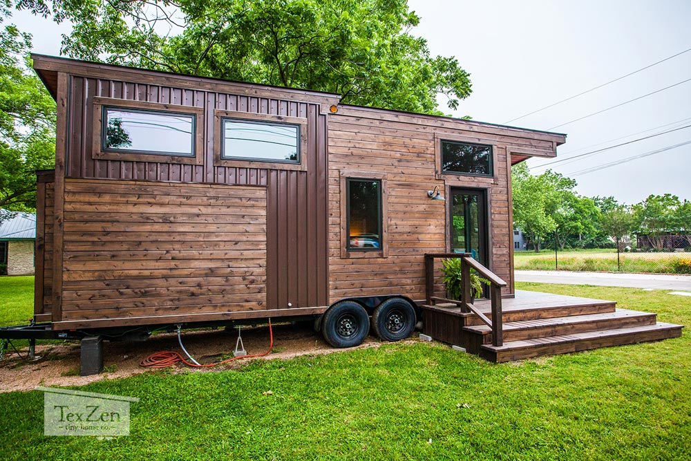 Rustic Modern Exterior - Single Loft by TexZen Tiny Home Co.