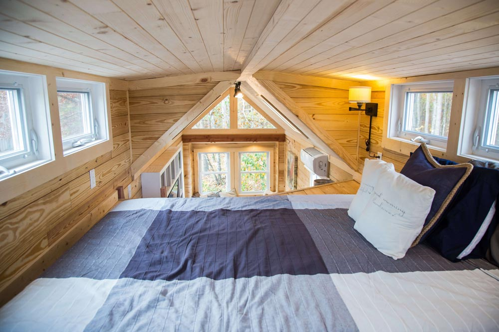 King Bedroom Loft - Skyline by Free Range Tiny Homes