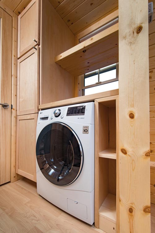 Washer/Dryer Combo - Tradition by Escape Traveler