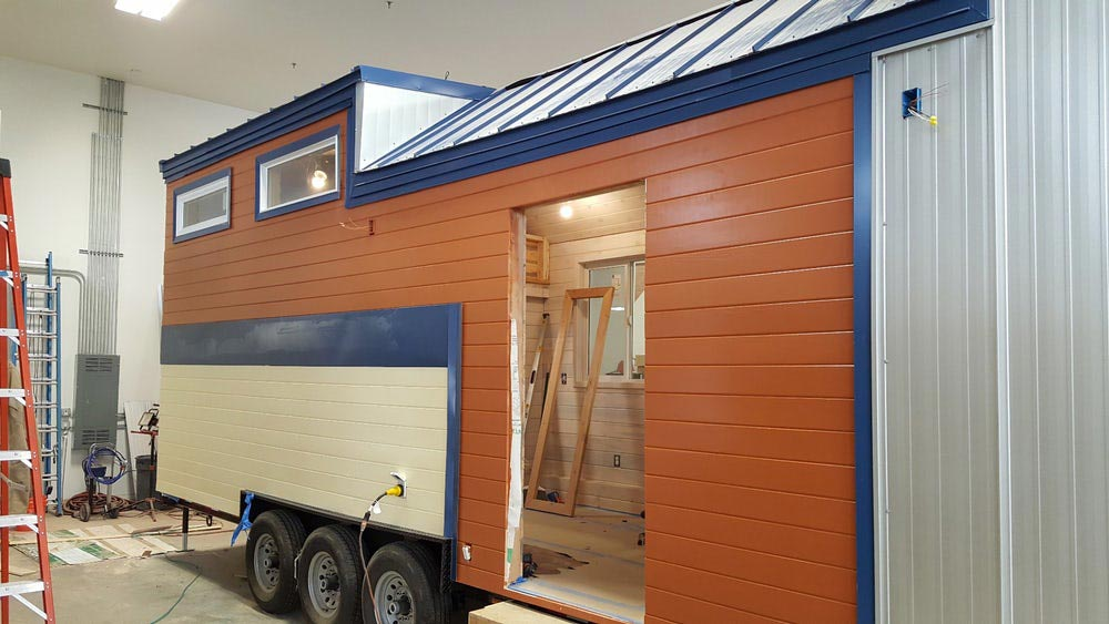 Off-Grid Tiny House - Artist by Alpine Tiny Homes