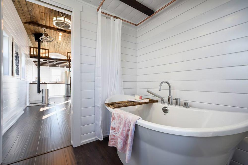 Soaking Tub - Custom Loft Edition by Mint Tiny Homes