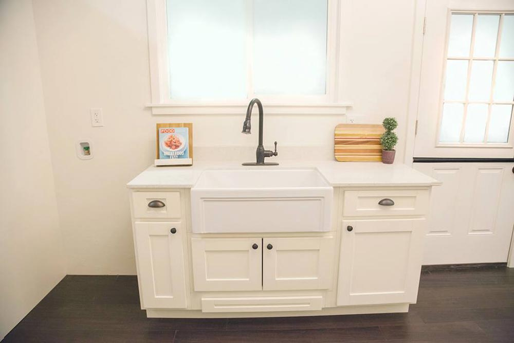 Apron Sink - English Rose by Alpine Tiny Homes