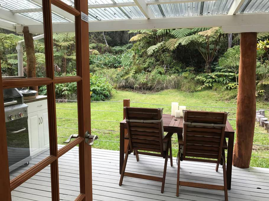 Outdoor Table - Hale Iki Tiny House