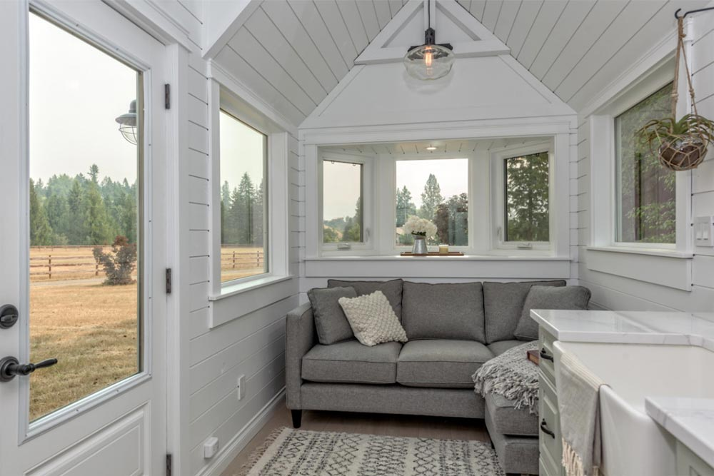 Bay Window - Heritage by Summit Tiny Homes
