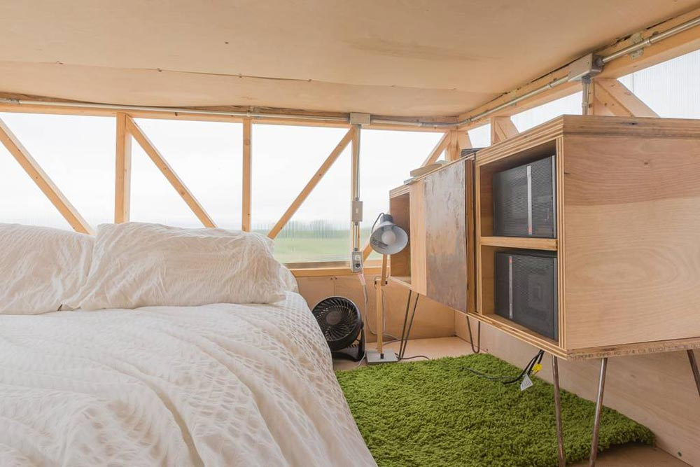 Bedroom Loft - Kinetohaus Tiny House