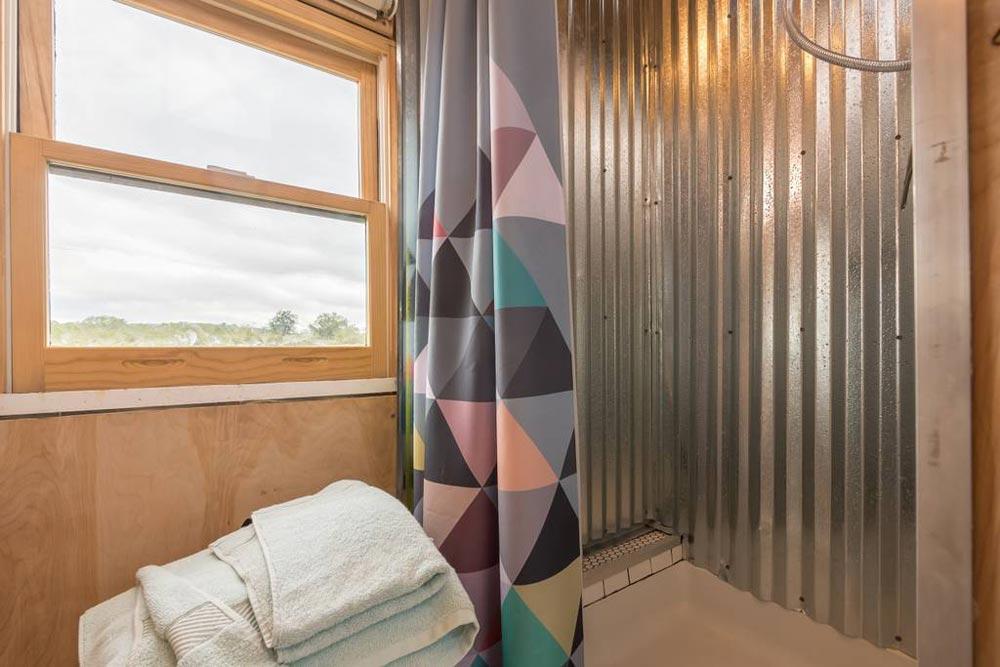 Corrugated Metal Shower - Kinetohaus Tiny House