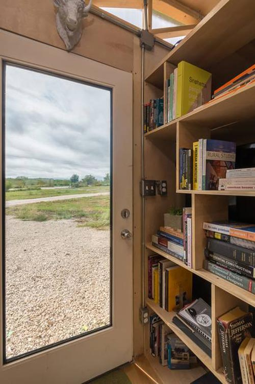 Library - Kinetohaus Tiny House