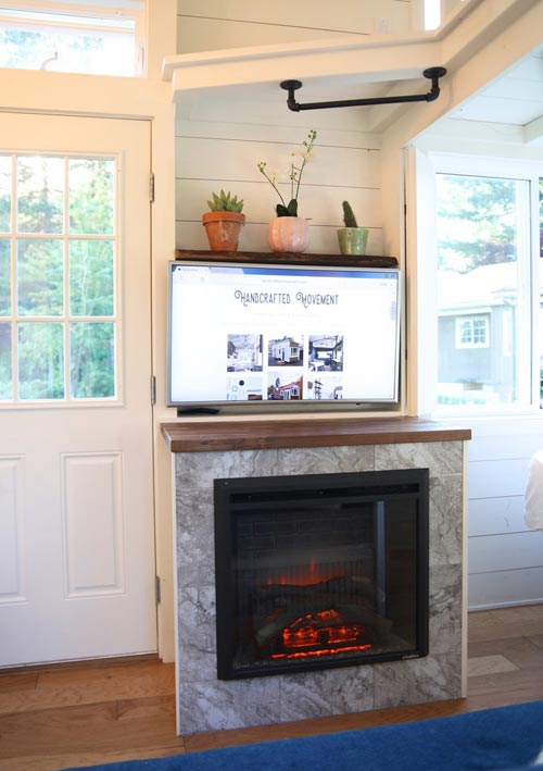 Electric Fireplace - Pacific Pioneer by Handcrafted Movement