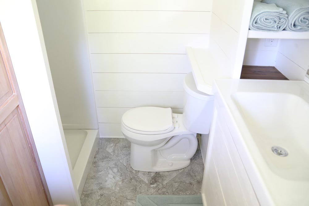 Bathroom - Pacific Pioneer by Handcrafted Movement