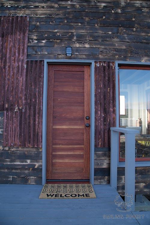 Entryway - Phoenix House by ArtisTree