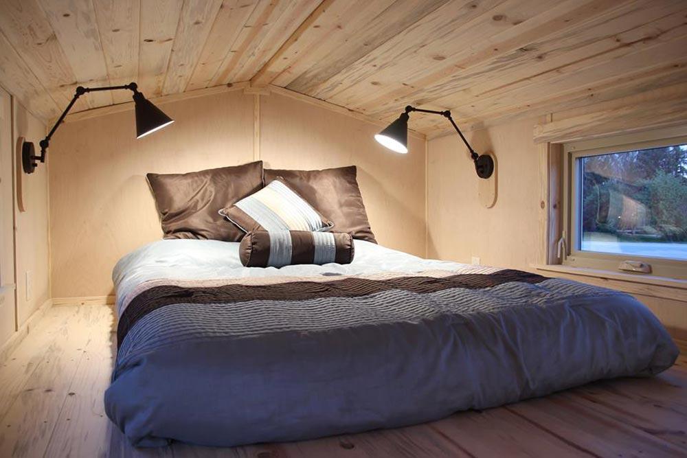 Bedroom Loft - Tahosa by SimBLISSity