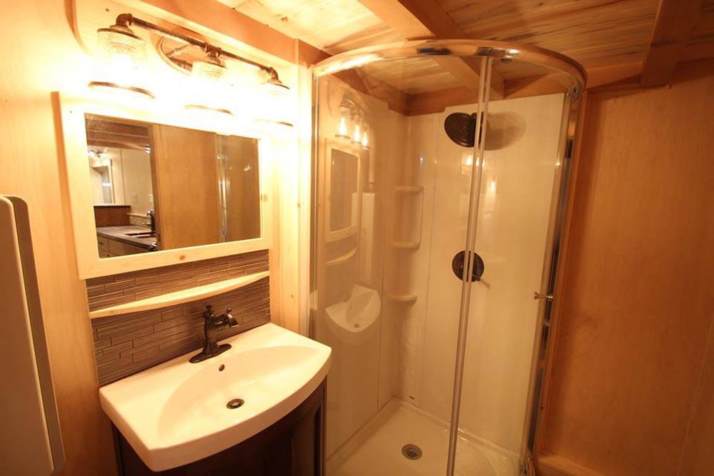 Bathroom - Tahosa by SimBLISSity