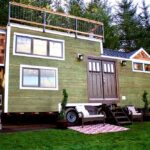 Tiny Craftsman Home by Tiny Heirloom