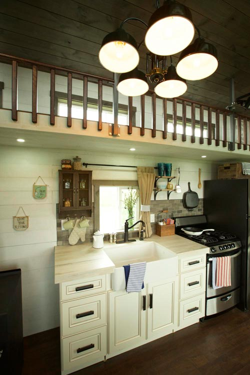 Kitchen Cabinetry - Big Country by VIVA Collectiv