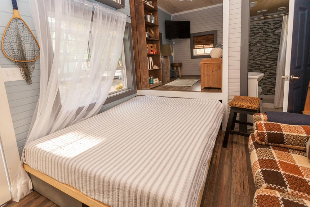 Bed - Cape Cod by VIVA Collectiv