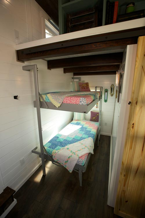 Bunk Beds - Cottage by VIVA Collectiv