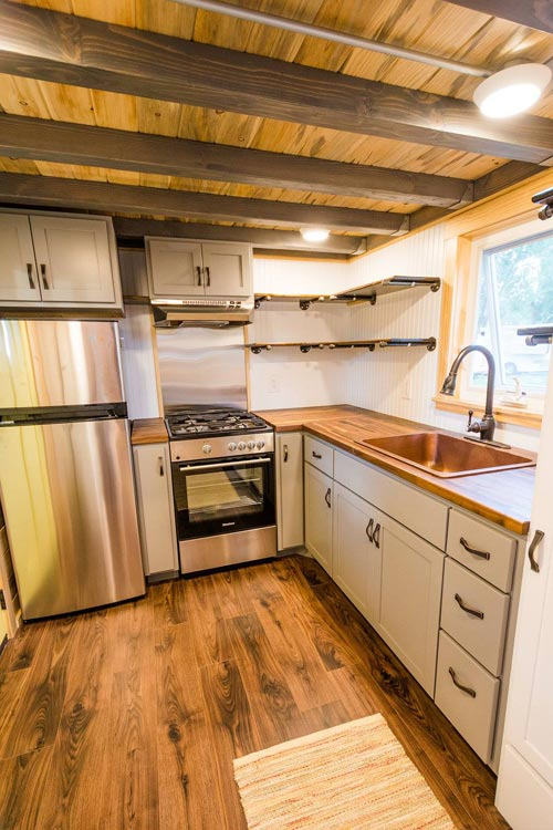 Full Size Kitchen Appliances - Curtis & April's Tiny House by Mitchcraft Tiny Homes