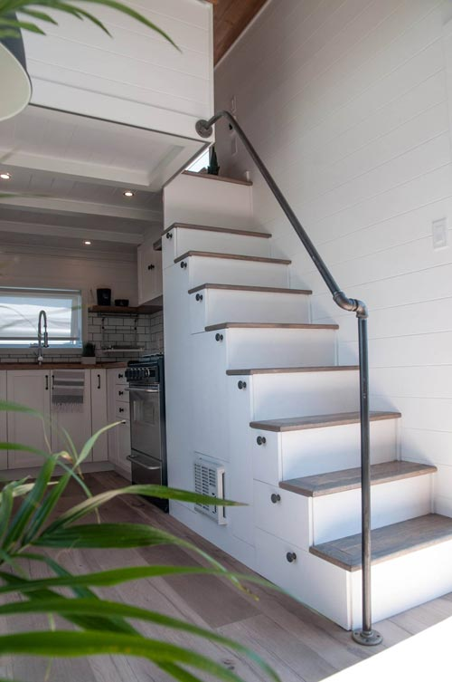 Storage Stairs - Eucalyptus by Minimaliste