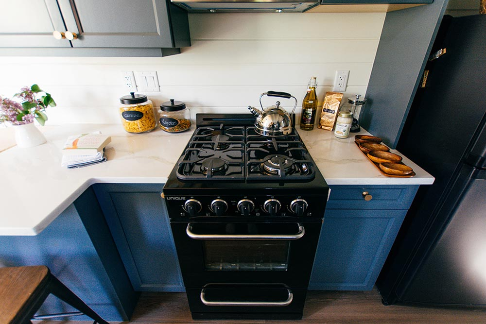Kitchen Stove - Not So Lonely Wanderer by Teacup Tiny Homes