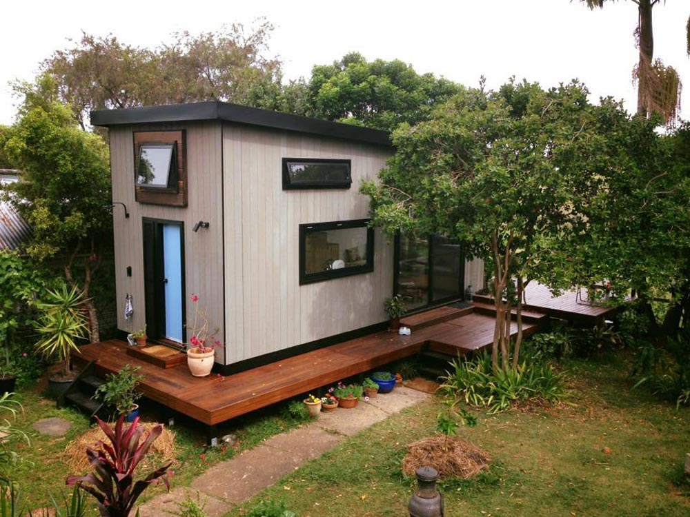 Australian zen tiny home tiny living Architect modern zen type house