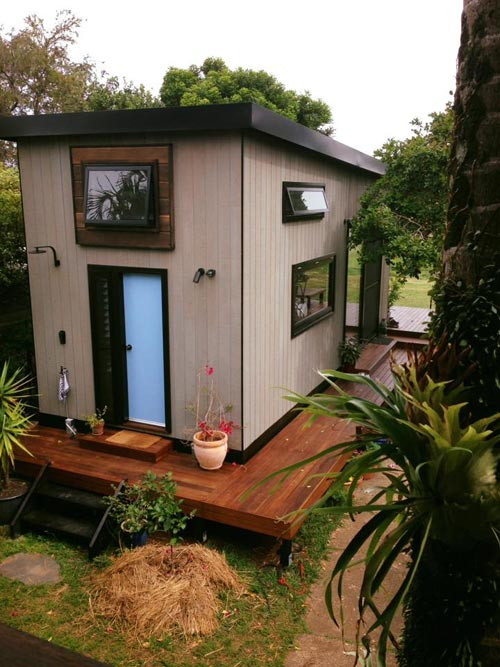 Tiny House Deck - Australian Zen Tiny Home