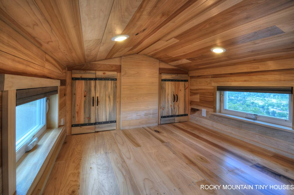 Two Closets - Pemberley by Rocky Mountain Tiny Houses